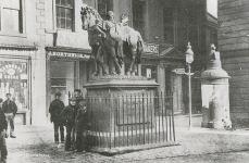 Wellington Statue (c1900)